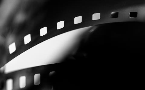 Film v italštině: Un povero ricco